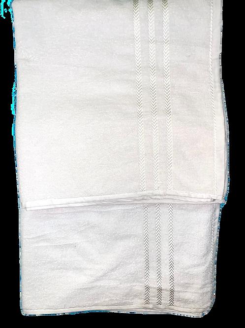 100% cotton white towel.