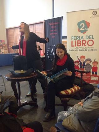 Participación de Abanico en la Segunda Feria del libro Universidad San Sebastián
