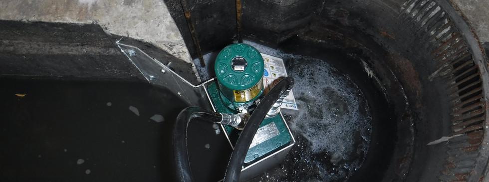 JWC Muffin Monster grinder retrofit installation into comminutor bowl