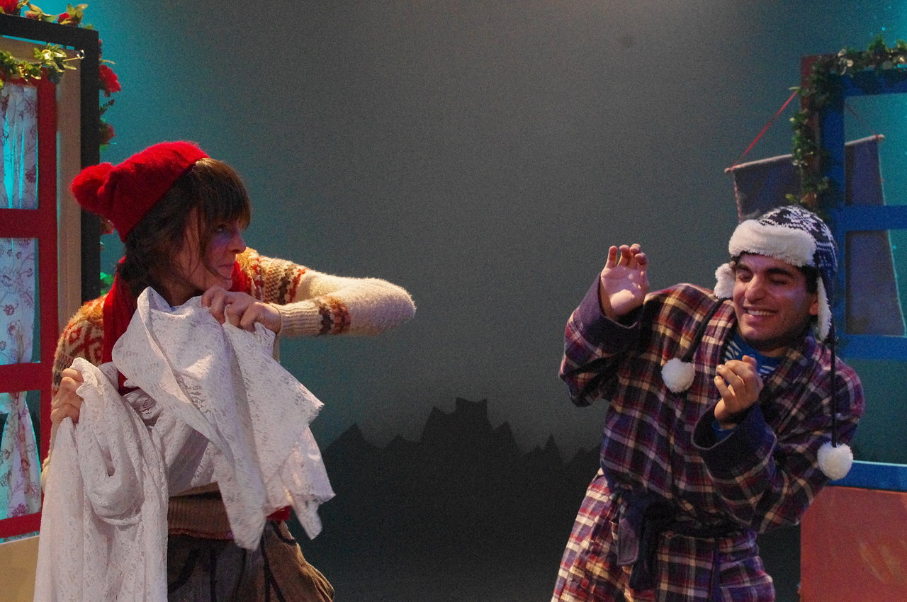 Gerda & Kai snow ball fight
