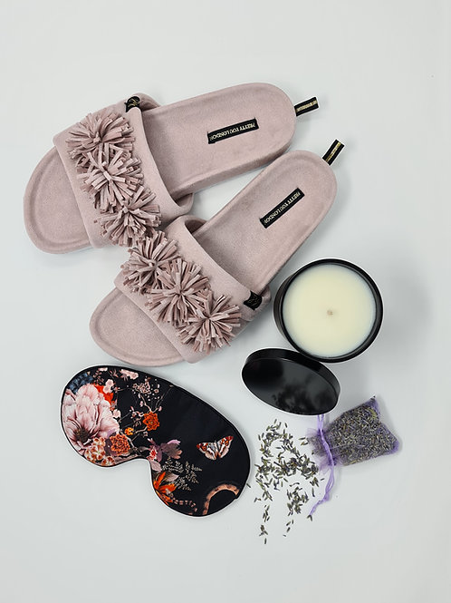 'COMFORT ME BLACK ROSE' WELLBEING SET