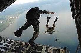 combat-diver-60545_1920.jpg