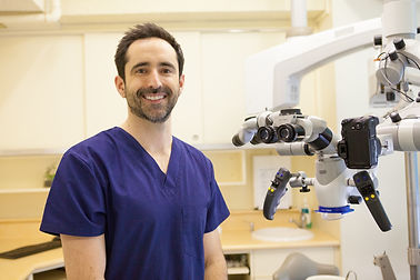 Dr Oliver Pope-7959 copy.jpg