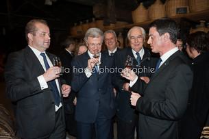 Manuel Valls en visite chez Hennessy