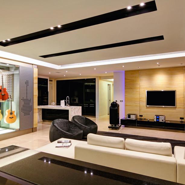 Roland's residence -2.jpg