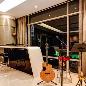 Roland's residence -24.jpg