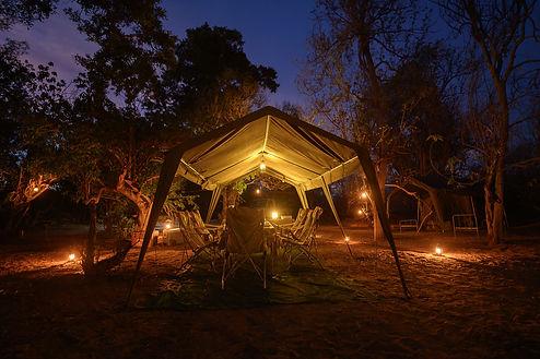 Outdoor-African-Tour-Safaris-0001.jpg