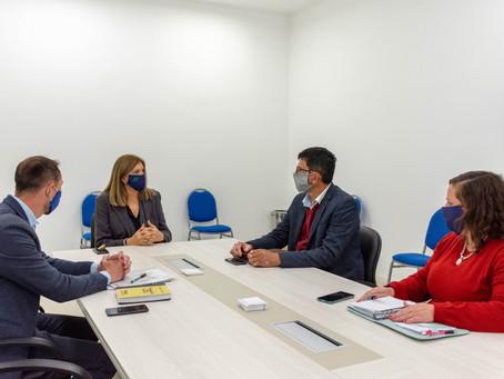 Reunidos con la Ministra de Gobierno, Rosario Romero.