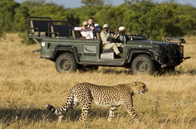 Voyage sur mesure Tanzanie Safari Serengeti Voiture 4x4