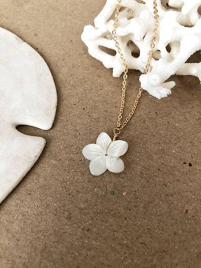 Collier fleur TIARÉ