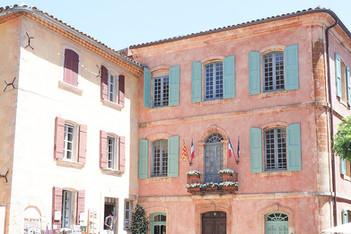 Roussillon-village-Luberon.jpg