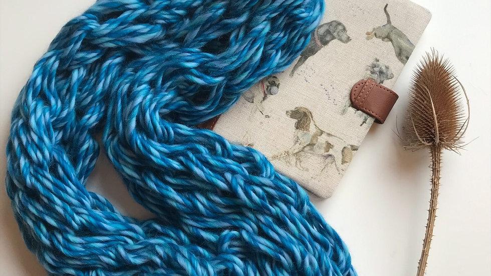 Merino wool arm knitted snood