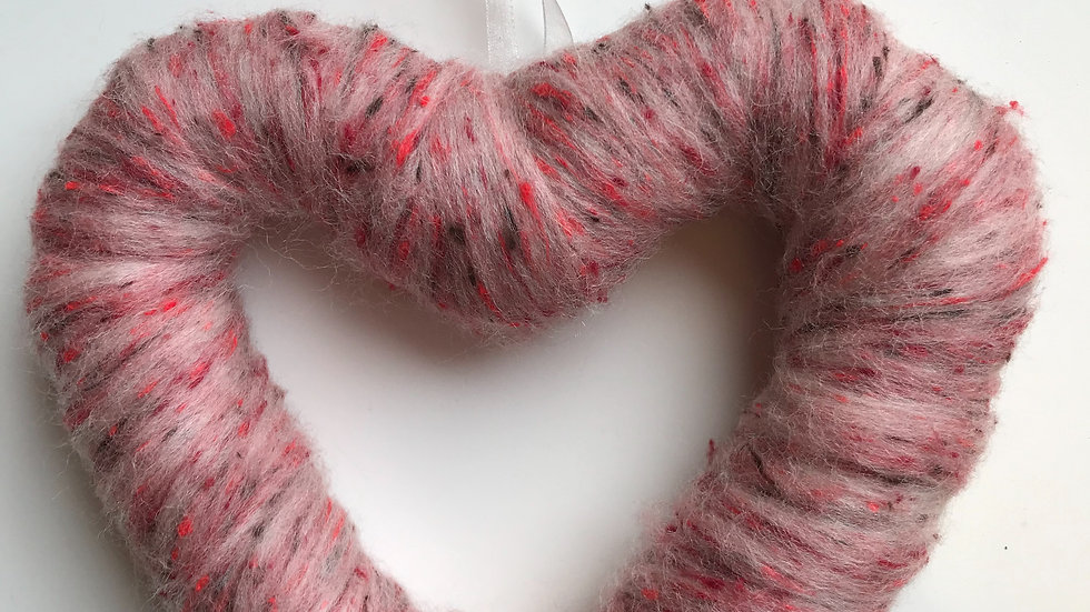 Pink tweed woollen heart