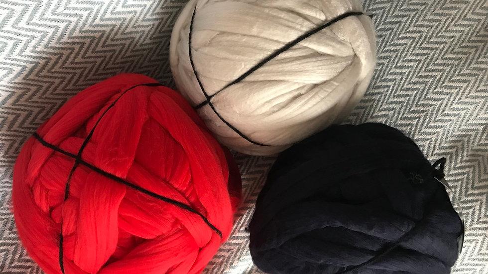 1kg balls of acrylic fibre