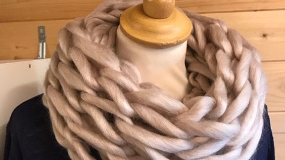 Arm knitted snood 'Linen'