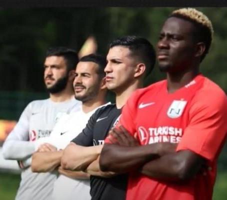 """""""Neftçi"""" yeni mövsümün formalarını təqdim etdi"""