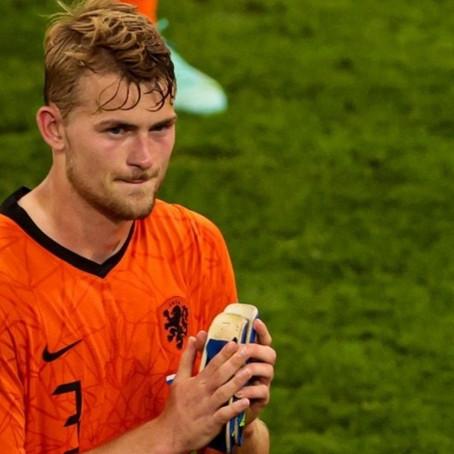 Niderland millisinin futbolçusu klubunu səhv saldı