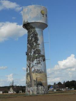 Ancien  château d'eau restauré  (Cré