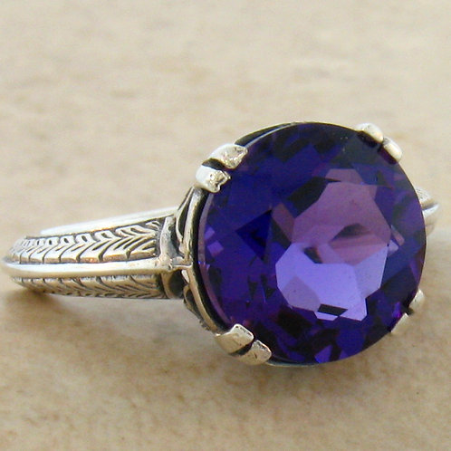 #105 - Antique Art Deco 3.50 Carat Amethyst .925 Sterling Silver Ring.