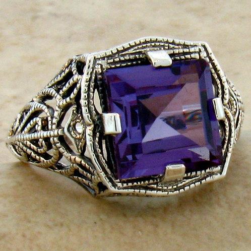 #242 – 4 Carat Color Changing Antique Art Deco Design .925 SS Filigree Ring