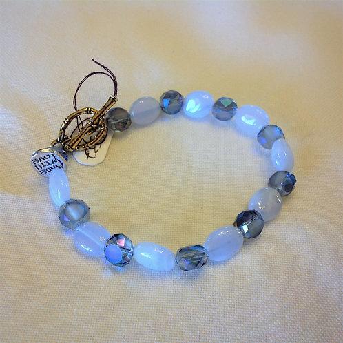 Item #532– Periwinklecolored Glass & Cyrstal Beads -Bracelet