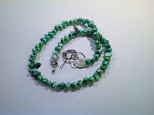 Item #772– Single strand, doublewrap bracelet/anklet or possible choker