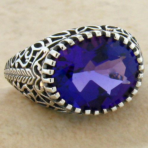 #132 - 3.50 Carat Amethyst Antique Filigree Design .925 Sterling Silver Ring.