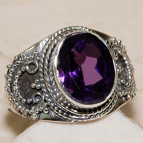 #289 – 8 carat Amethyst & 925 Solid Sterling Silver Ring