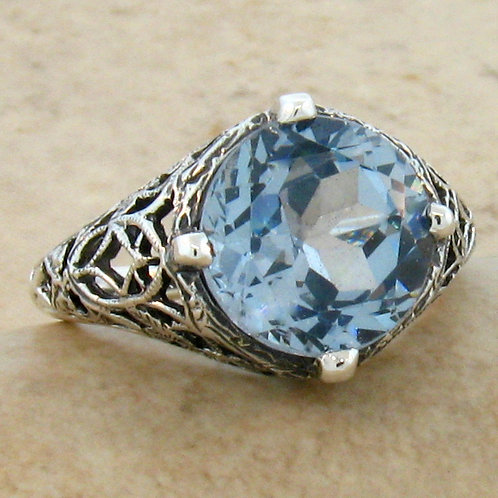 #194 – 5 Carat Aquamarine Antique Design .925 Sterling Silver Filigree Ring