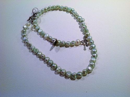 Item #773– Single strand, doublewrap bracelet/anklet or possible choker
