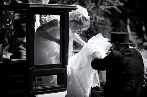 Braut und Kutsche