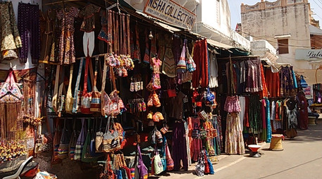 pushkar bazaar-min.jpg