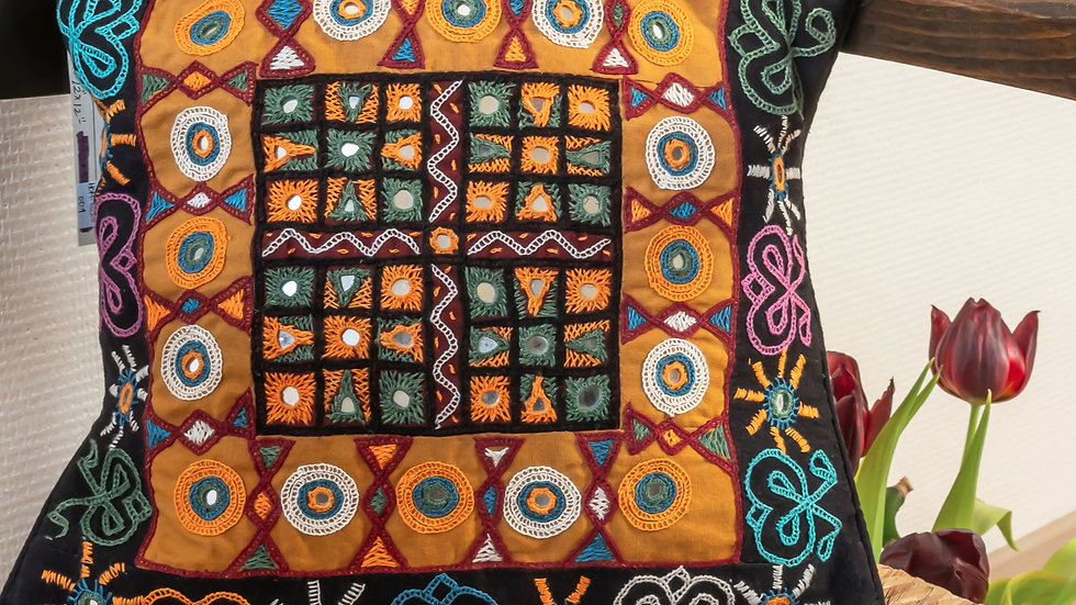 Rabari Takiya (cushion cover)