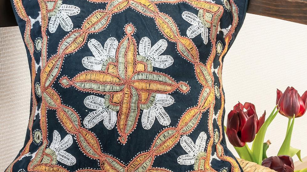 Paako Indigo Takiya (cushion cover)