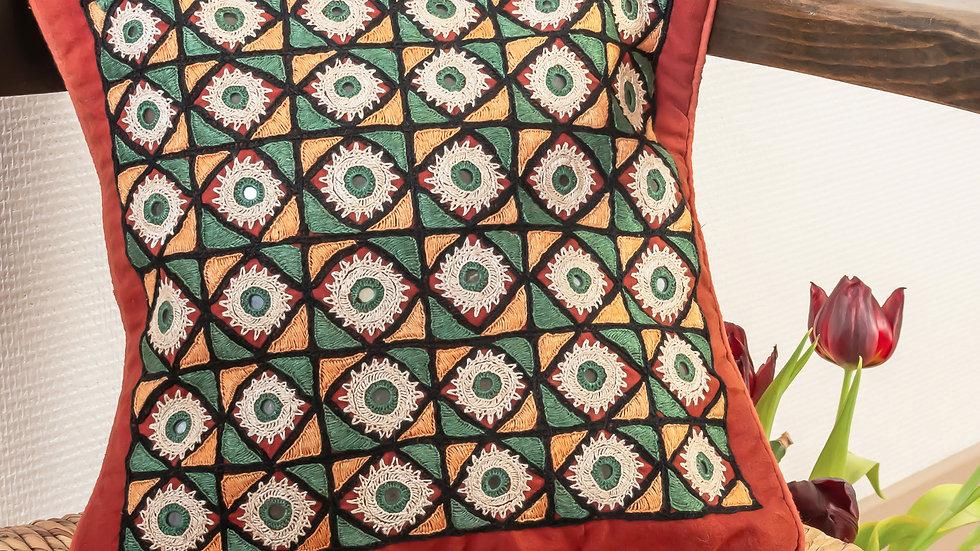 Paako Lac Takiya (cushion cover)