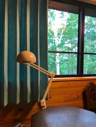 お客様の別荘にターコイズブルーのカーテンを取り付け!