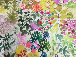 お花畑みたいに綺麗な花がいっぱいの生地~イギリスリバティ