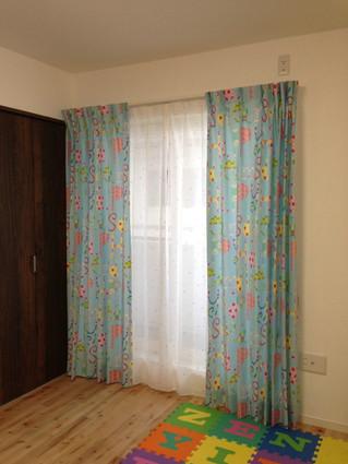 子供部屋にお奨めの可愛いカーテン
