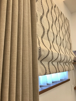 自然素材の家に良く似合うナチュラルオーダーカーテンをコーディネート