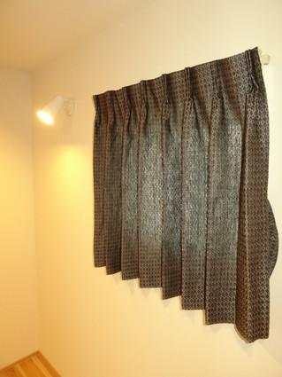 リトアニアリネンでカーテンを作って取り付けしてきました。 浜松市三ケ日町