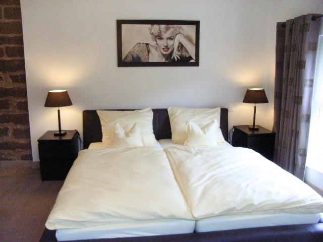 Chambre C lit 2.jpg