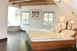 Chambre A lit.JPG
