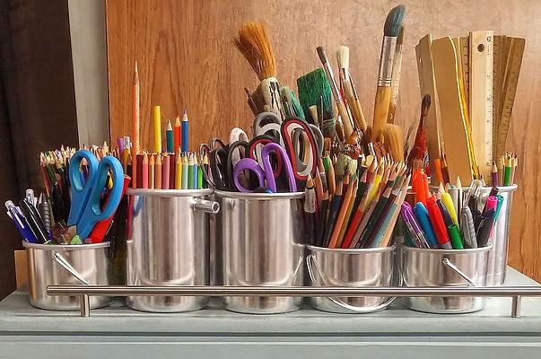 art-supplies-1324034_960_720.jpg