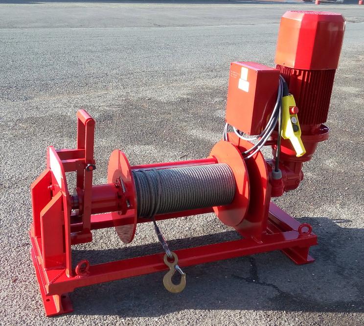 treuil électrique de halage chantier FxLD24HS avec décrabotage manuel et presse câble 400V