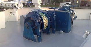 Hydraulic anchoring winch Manufor