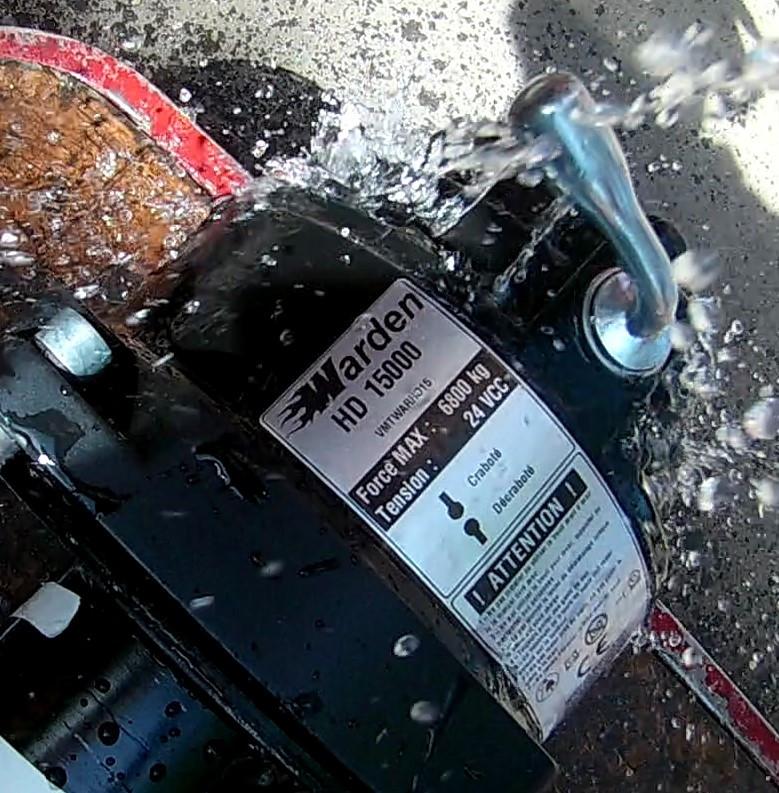 treuil électrique Warden HD 15000 24V deep fording waterproof