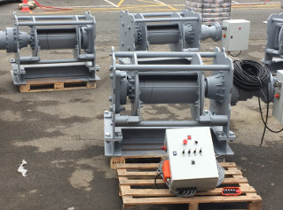 Tugger winches 16T