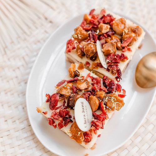Blondie macadamia cranberries