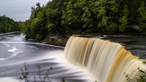 Tahquamenon f\Falls