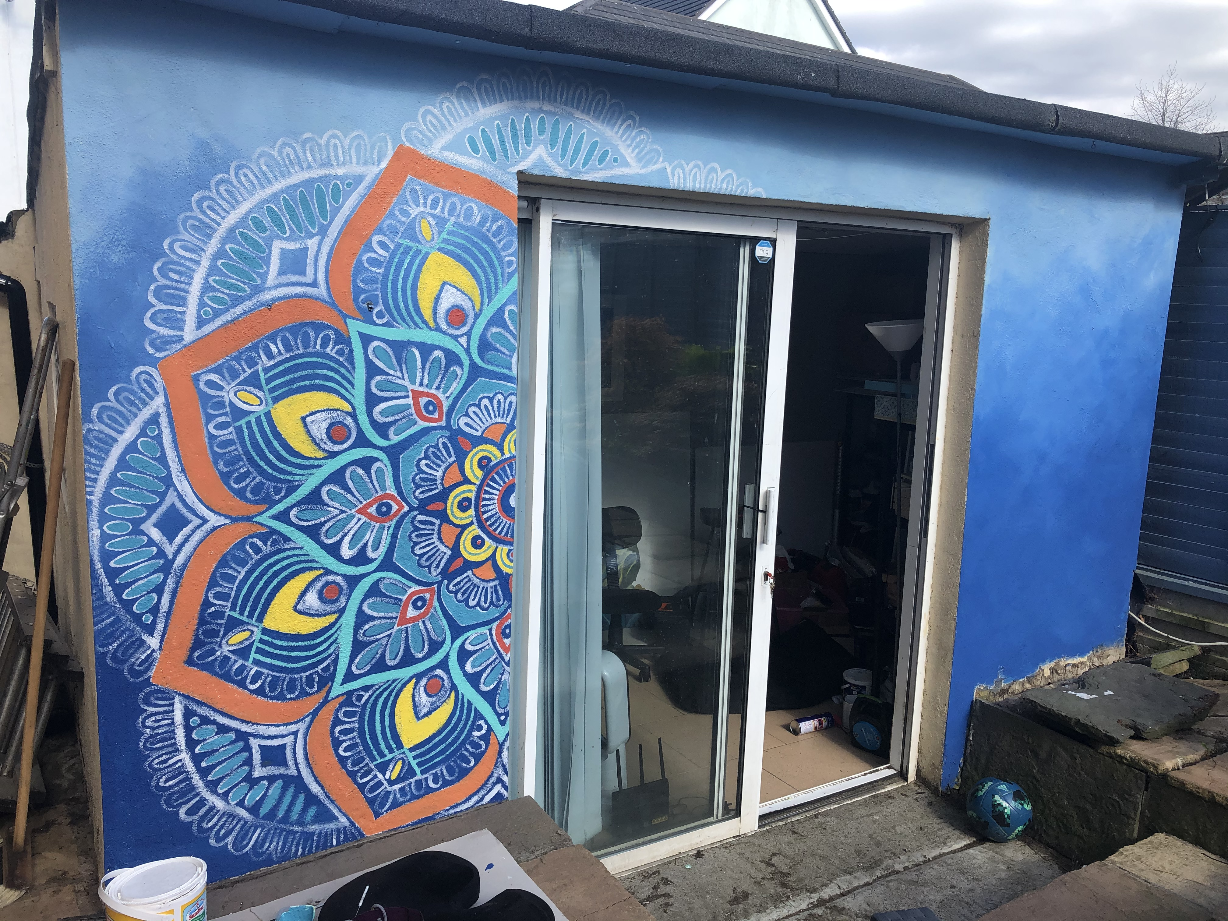 Mandala mural colour